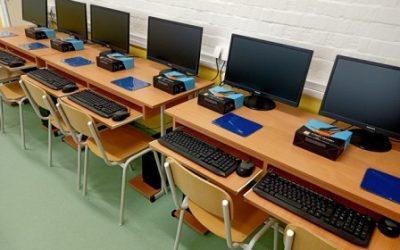 """Реновиран кабинет технике и технологије донација НИС-а """"Заједници заједно"""""""